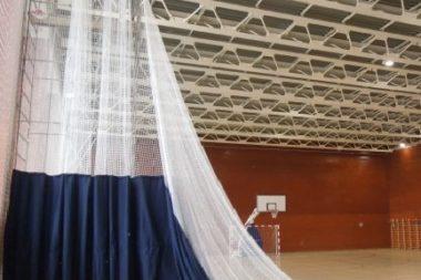 Поставка и монтаж системы разделения спортивного зала с ручным приводом 4